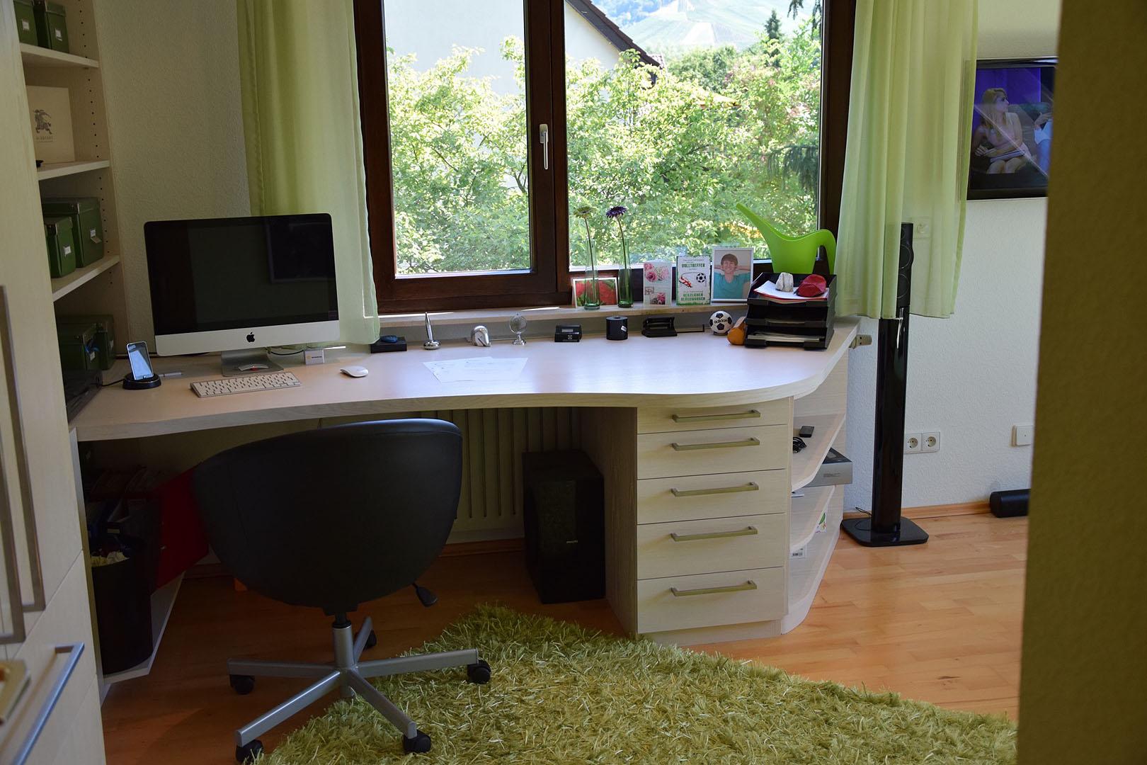 schreinerei julian grimm ideen mit holz der schreiner in fellbach b roeinrichtung. Black Bedroom Furniture Sets. Home Design Ideas
